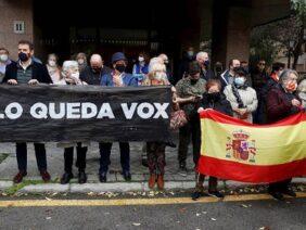 » YA SOLO QUEDA VOX «, LA CASTA POLÍTICA QUIERE ELIMINARLE